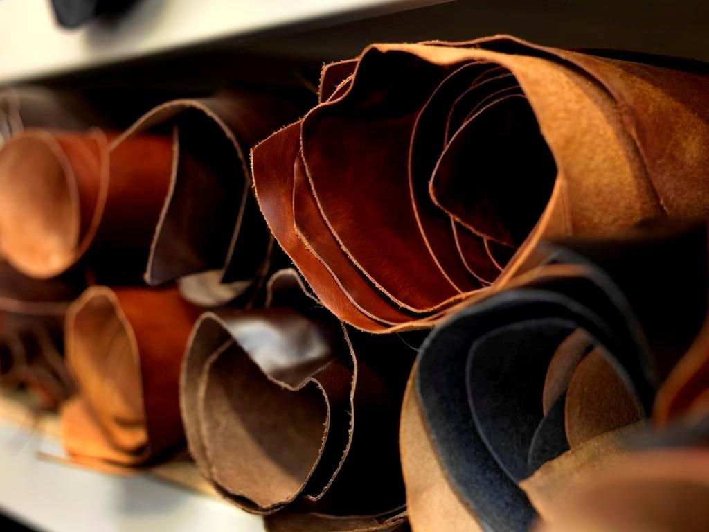 English Bridle Leather Amtraq Distribution